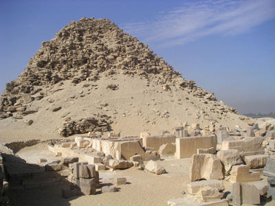 Пирамида Сахура в Абусире