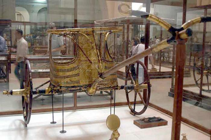 Колесница Тутанхамона.