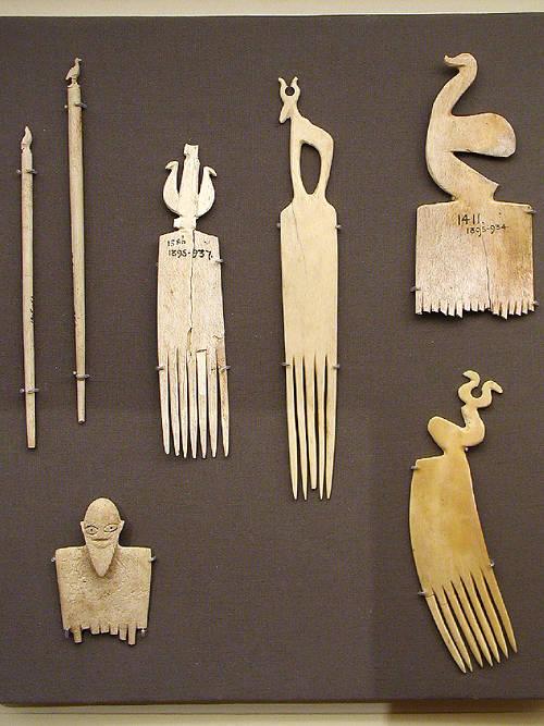 Резные предметы из слоновой кости. Эшмоловский музей.