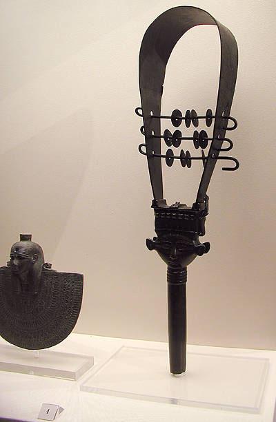 Бронзовый систр. Британский музей