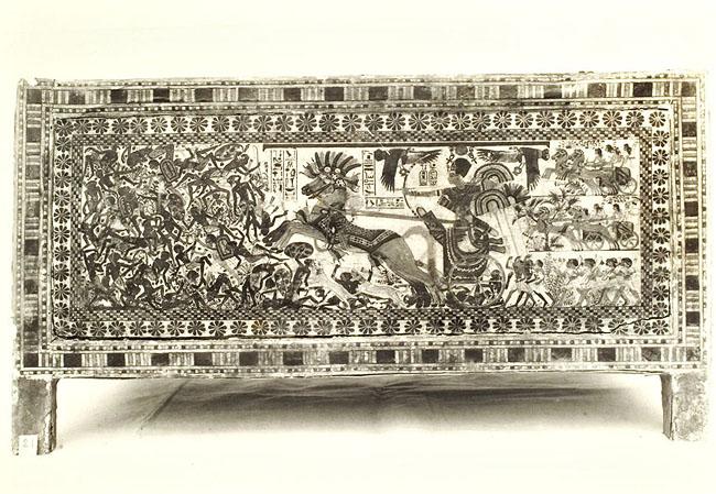 Расписной ларец фараона Тутанхамона. Широкая сторона 2.