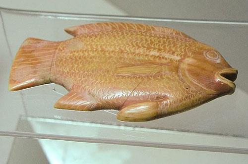 Ложка в форме рыбы. Каирский музей .