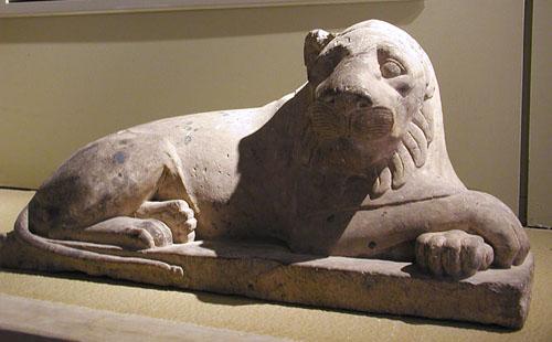 Статуя Сфинкса. Каирский музей .