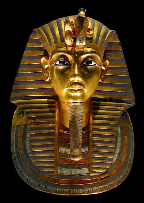 Каирский музей. Фараон Тутанхамон. Золотая маска.