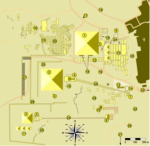 План комплекса пирамид плато Гиза
