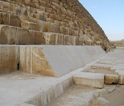 Облицовочные плиты пирамиды Хеопса