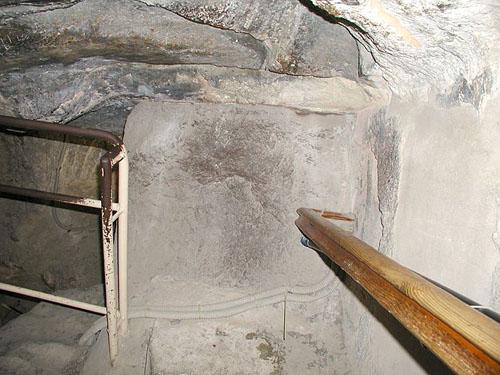 Третья плита- заглушка Восходящего коридора. Пирамида Хуфу (Хеопса).