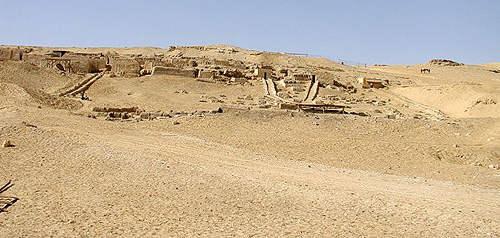 Участок, где хоронили строителей пирамид.