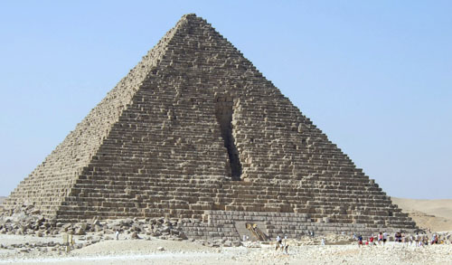 Пирамида Менкаура (Микерина). Повреждения с северной стороны.