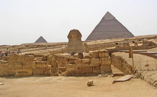 Храм Сфинкса с восточной стороны.