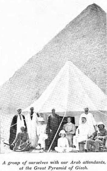 Пирамида Хуфу (Хеопса). Участники экспедиции 1909 года.