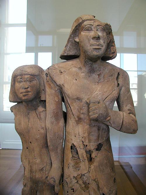 Статуя неизвестной пары. Музей в Лувре