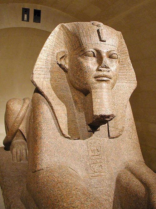Сфинкс фараона Аменемхета II. Музей в Лувре