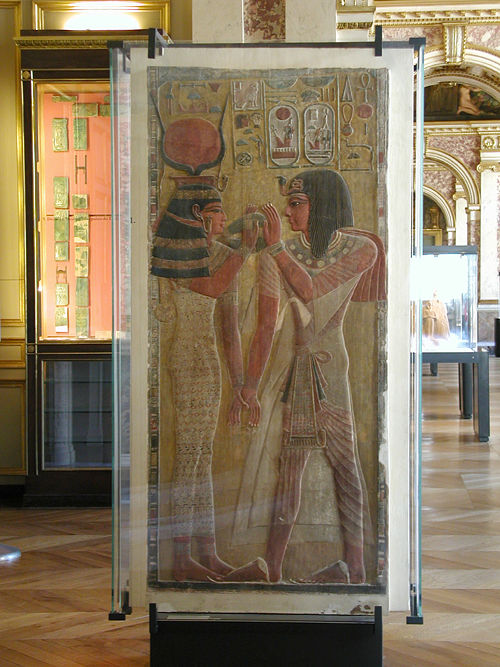 Рельеф фараон Сети I и богиня Хатхор. Музей в Лувре.