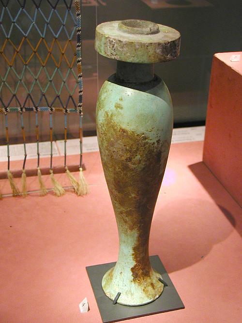 Ваза для подношений. Музей в Лувре