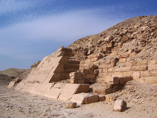 Пирамида Униса. Южная сторона.