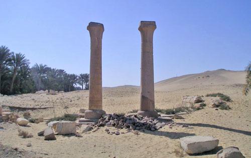 Нижний храм комплекса Униса в долине.