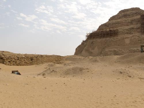 Вид на северную сторону комплекса фараона Джосера. Саккара.