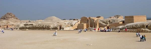 Вид на царский павильон. Фараон Джосер. Погребальный комплекс.