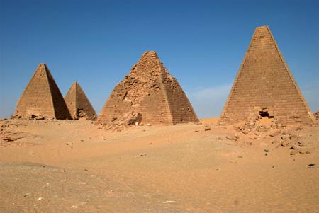 Северные пирамиды в Гебель - Баркал. Судан.