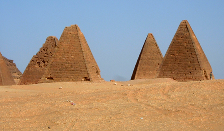 Пирамиды Донголы. Судан.