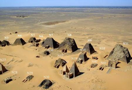 Нумерация древних пирамид Мерое. По Лепсиусу.