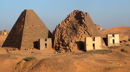 Южное поле пирамид Мероэ.