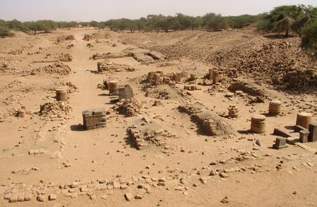Руины храма Амон - Ра в Мероэ.