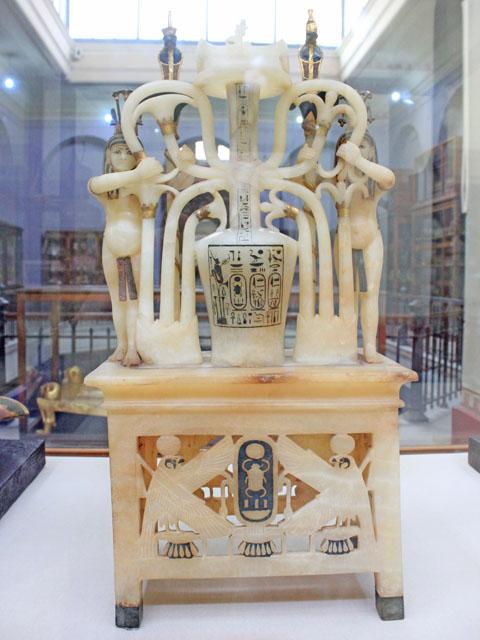 Сосуд для духов фараона Тутанхамона